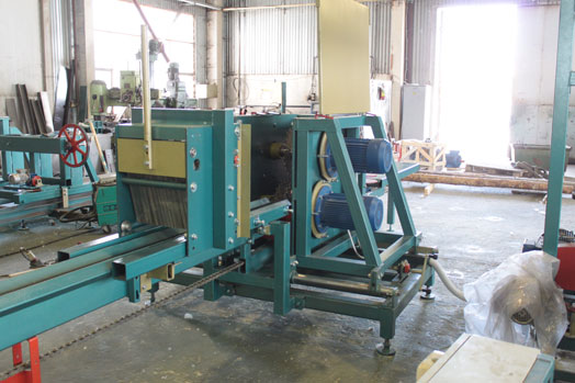Avangard-SDB-260 disc machine for sawing logs
